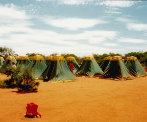 Camping in Kings Canyon in red dust