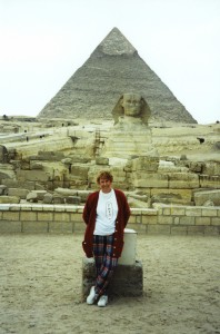 Colleen at Sphinx in front of Giza pyramid, Egypt 1995