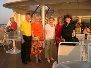 Geoff Phillips with Lorraine, Lyn, Noeline and Tania on cruise