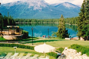 Group spent time walking around Jasper Lodge where the lake is an indescribable blue