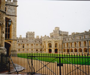 WINDSOR CASTLE CENTRAL COURTYARD
