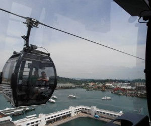 Sentosa Island cable car from Harbourside